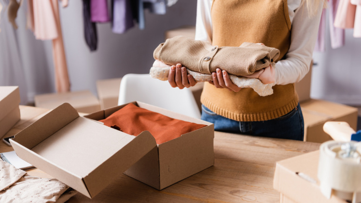 Best Ways To Pack Clothes for Moving